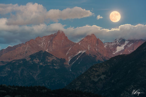 Colorado, Durango, Full Moon, Landscape, Moon, Moonrise, Mountains, Needle Mountains, Night, Pigeon Peak, Purgatory Resort, San Juan Mountains, Sony A7R2, Sony FE 70-300, Southwest Colorado, Supermoon