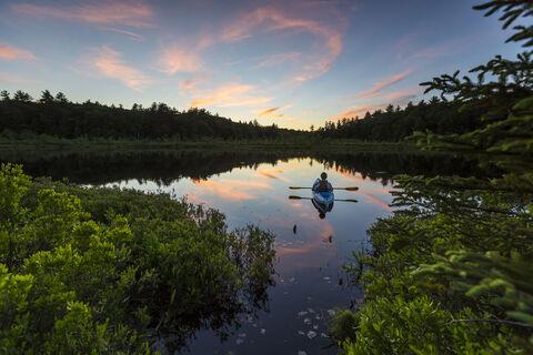 Barrington, MR, Model Release, New Hampshire, Round Pond, active