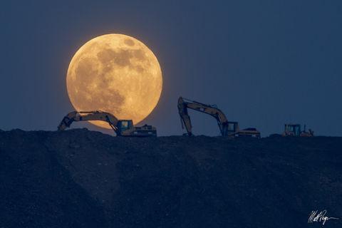 Catepillar machinery, Colorado, Cripple Creek, Full, Moon, Supermoon, Working