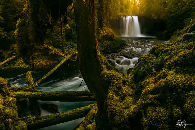 Waterfalls, Lakes & Oceans Landscape Photography