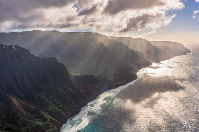 Kauai, Hawaii, sun beams, crepuscular rays, clouds, Nā Pali Coast, landscape