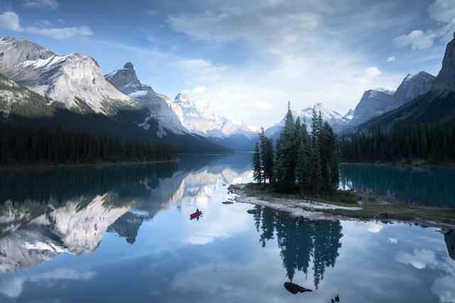 A Conversation with Cath Simard on Composite Photography
