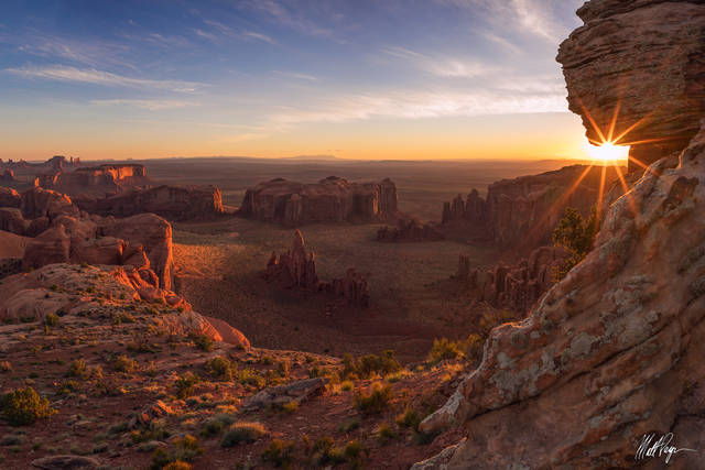 Arizona, Blue, Grand Scenic, Hunts Mesa, Landscape, Monument Valley, Navajo Land, Red, Sandstone, Sunrise, Sunstar, desert