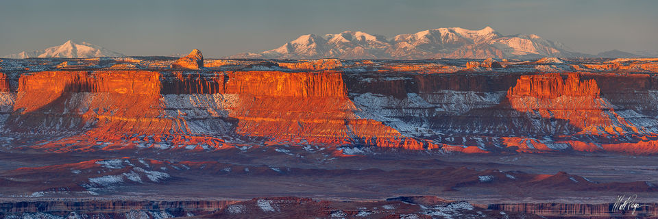 Canyonlands, Canyonlands National Park, Canyons, Cleopatras Chair, Grand Scenic, Green River Overlook, Island in the Sky, Mountains, Snow, Sunrise, Utah, Winter, desert