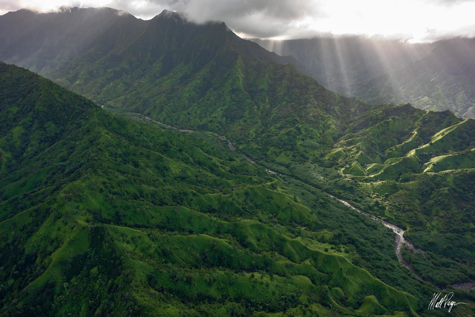 Clouds, Crepuscular rays, Forest, Hawaii, Kauai, lush, River, beautiful, aerial, photo