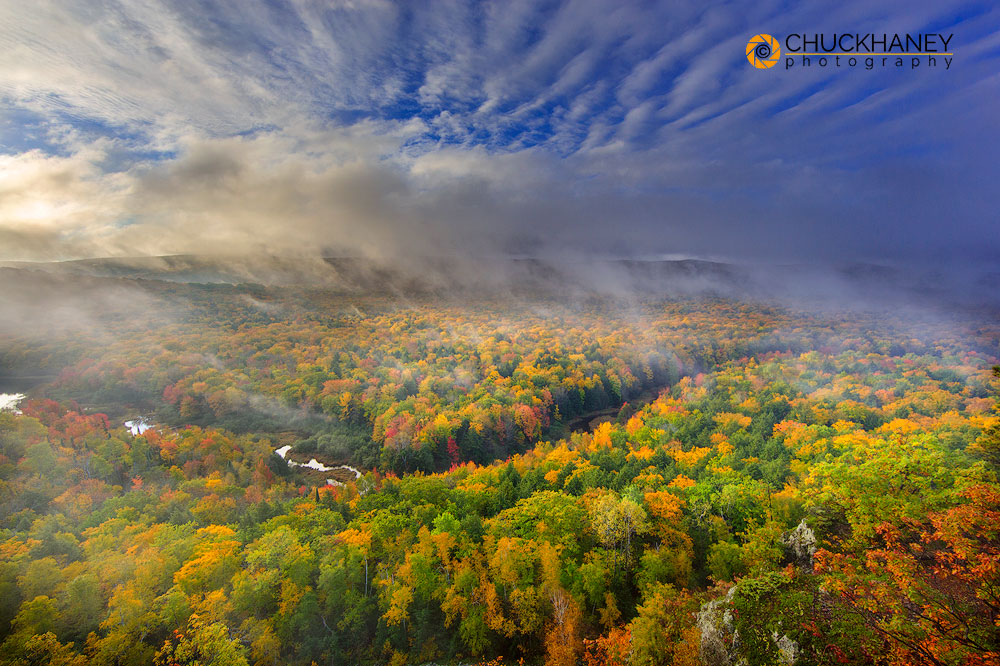 Michigan, Midwest, Porcupine Mountains State Park, State Park, UP, Lake of the Clouds, scenic, landscape, sunrise, clouds, lake, forest, autumn, fall, Big Carp, river, photo