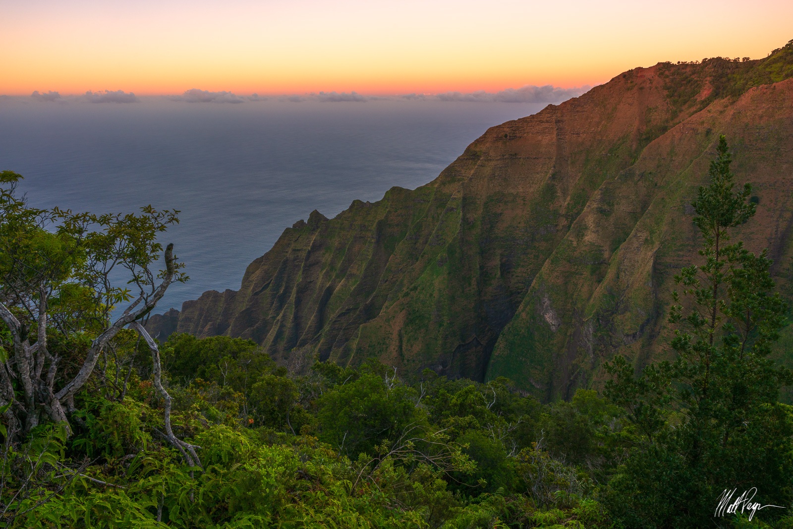 During my trip to Kauai in 2018/2019, I decided to take a solo hike down Honopu Trail to the edge of the Na Pali Coast at sunset...