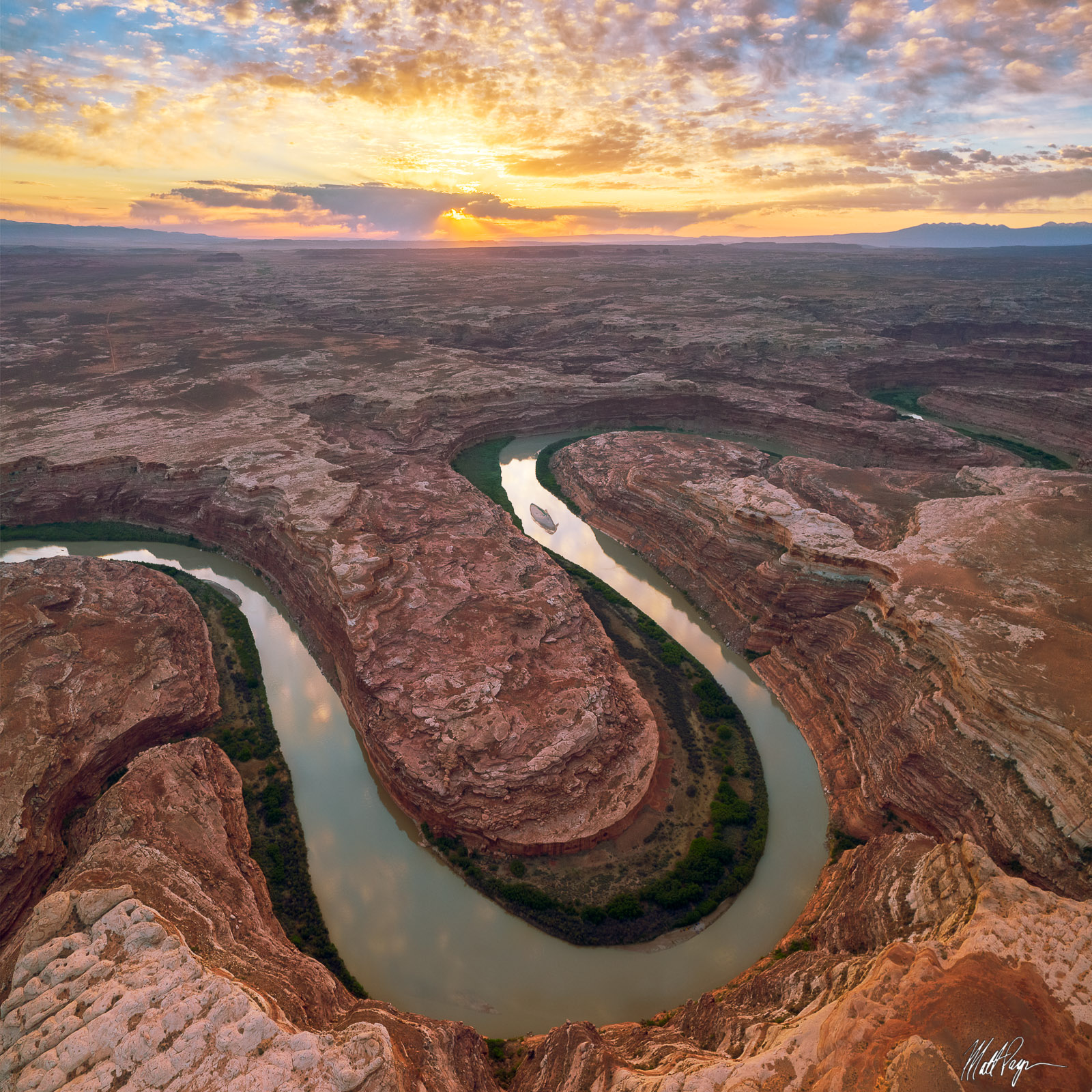 Spending the morning photographing the Green River winding through sandstone in Utah during sunrise is always a special time...