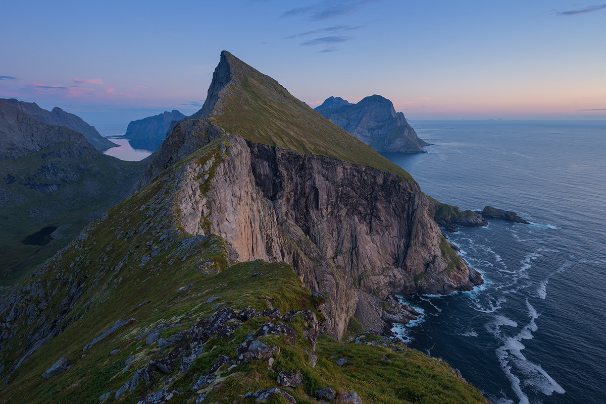 Above, Autumn, Breiflogtind, Coast, Coastal, Coastline, Fall, LOFOTEN, Landscape, Landscapes, Lofoten, Lofoten Islands, Lofotens, Mountain, Mountain Peak, Mountains, Nature, Nordland, Ocean, Outdoors,, photo