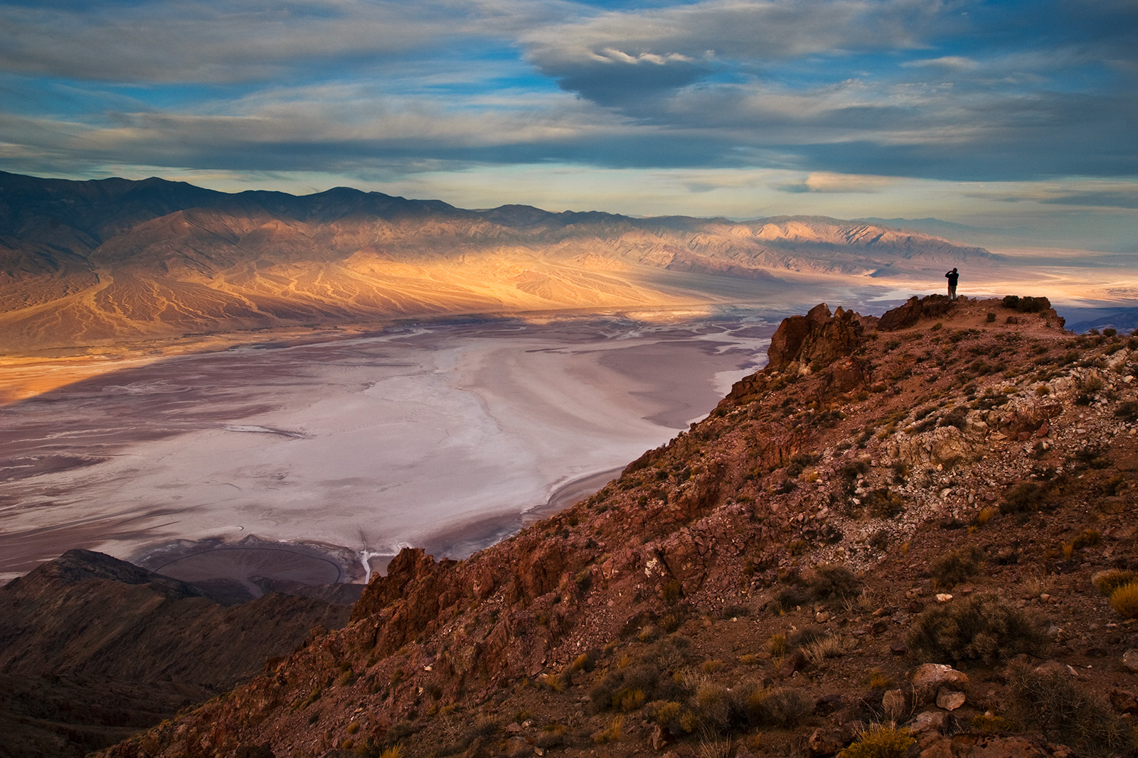 A0910, above, adult, adults, America, American, Badwater, Badwater Basin, Basin, beautiful, beauty, California, Climate, cloud, clouds, cloudy sky, Color, colorful, Colour, Crystallization, Cunrise, D, photo